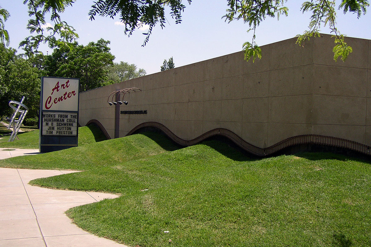 The Art center: front of the building